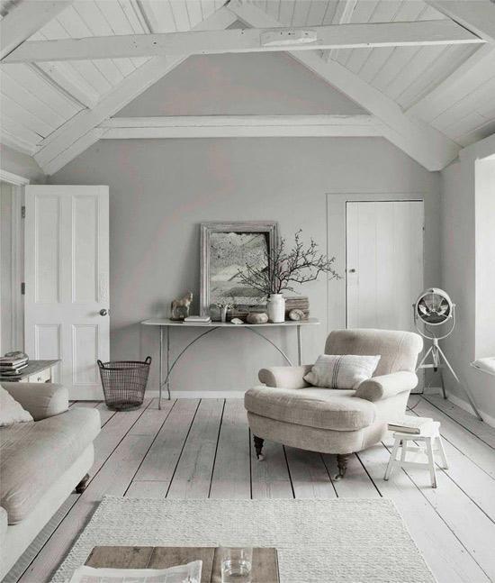 Salón simple con decoración Nórdica