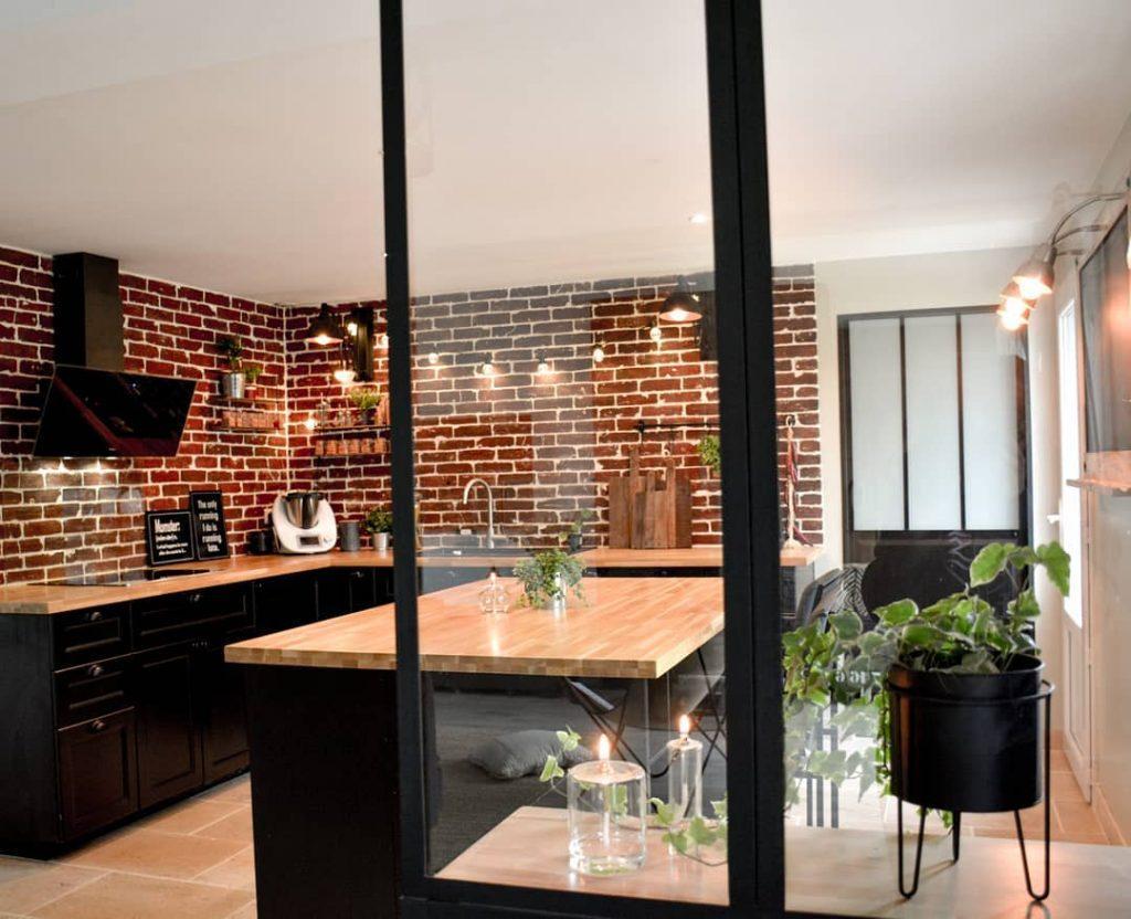 ¡Las claves de la Decoración industrial! Una cocina con decoración industrial aporta color y personalidad a una casa.